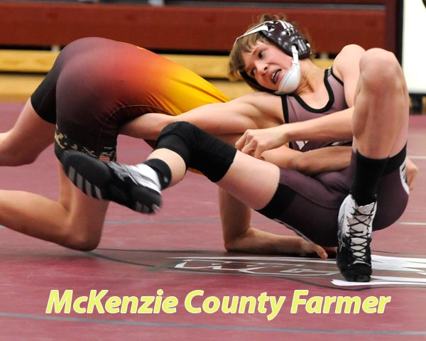 Wrestlers back in home action