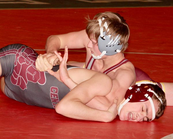 Wrestlers to host Bismarck, Williston to close out regular season matches