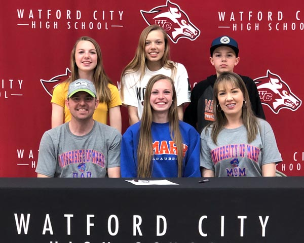 Ogle takes running career to University of Mary