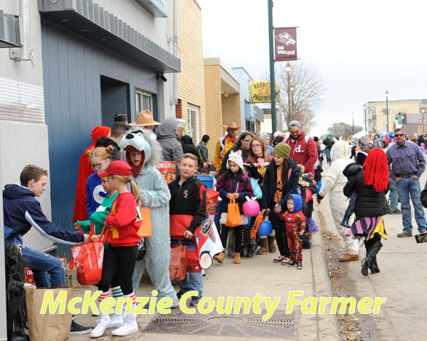Main Street businesses ready for rush of trick or treaters