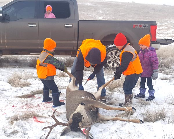 Family creates memories hunting together
