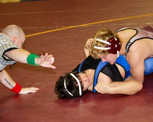 Young Wolves wrestling team takes to the mats